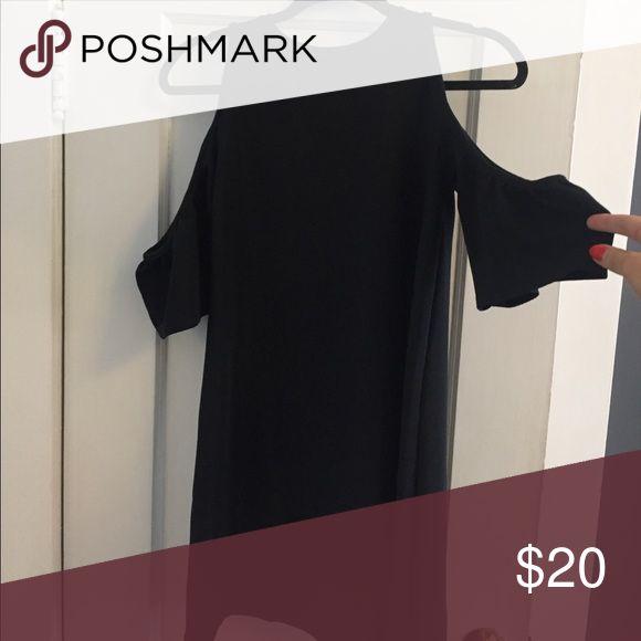 Zara Black Dress with Open Shoulders Zara Black Dress with Open Shoulders. Size Small. Zara Dresses Mini