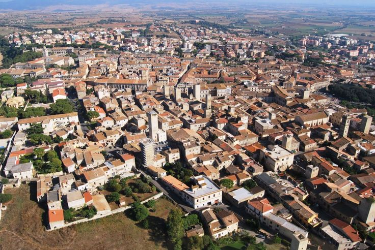 Via libera al progetto di videosorverglianza. L'assessore Ranucci: «A breve i lavori per installare 14 telecamere nei punti sensibili della città».