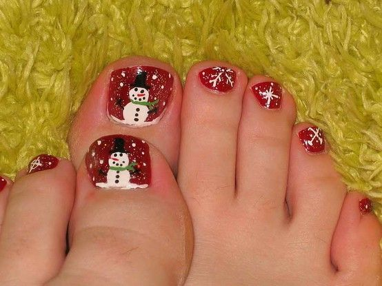 Q-riouser & Q-riouser: Nail Art  Lots of cute nail designs...love the snowman toes!