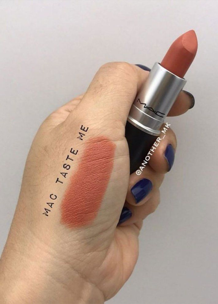 41 Wunderschöne Mac Assorted Shade Lippenstifte zu haben. Der umwerfende Lippensti … – Makeup & skincare products