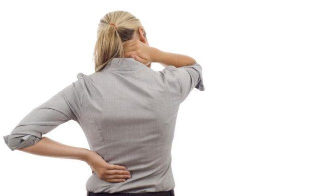 Ból pleców: sprawcą nie musi być chory kręgosłup! Poznaj przyczyny dolegliwości