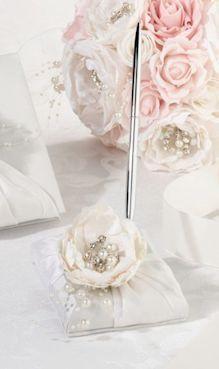 Chic and Shabby Bridal Pen Set