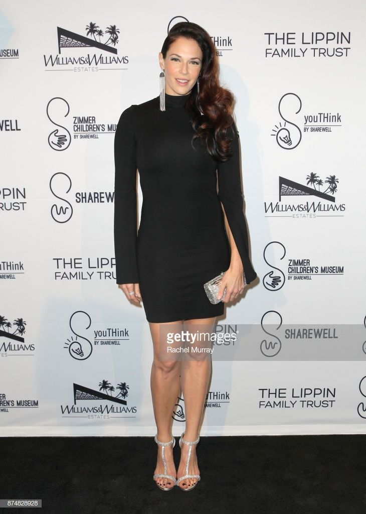 Actress Amanda Righetti Attends The Sharewell Zimmer Children S