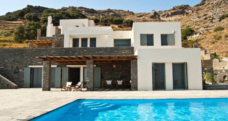 Em Andros, a casa de dois pavimentos, com quatro quartos, custa R$ 1244 por dia Foto: Divulgação Airbnb