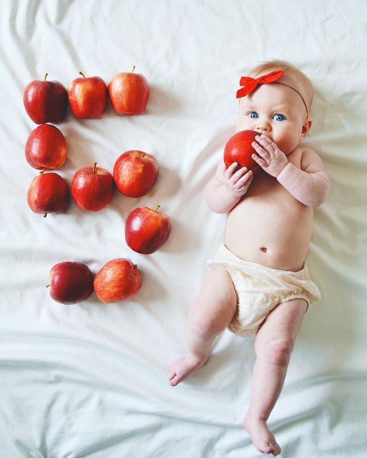 Monthly baby photo ideas