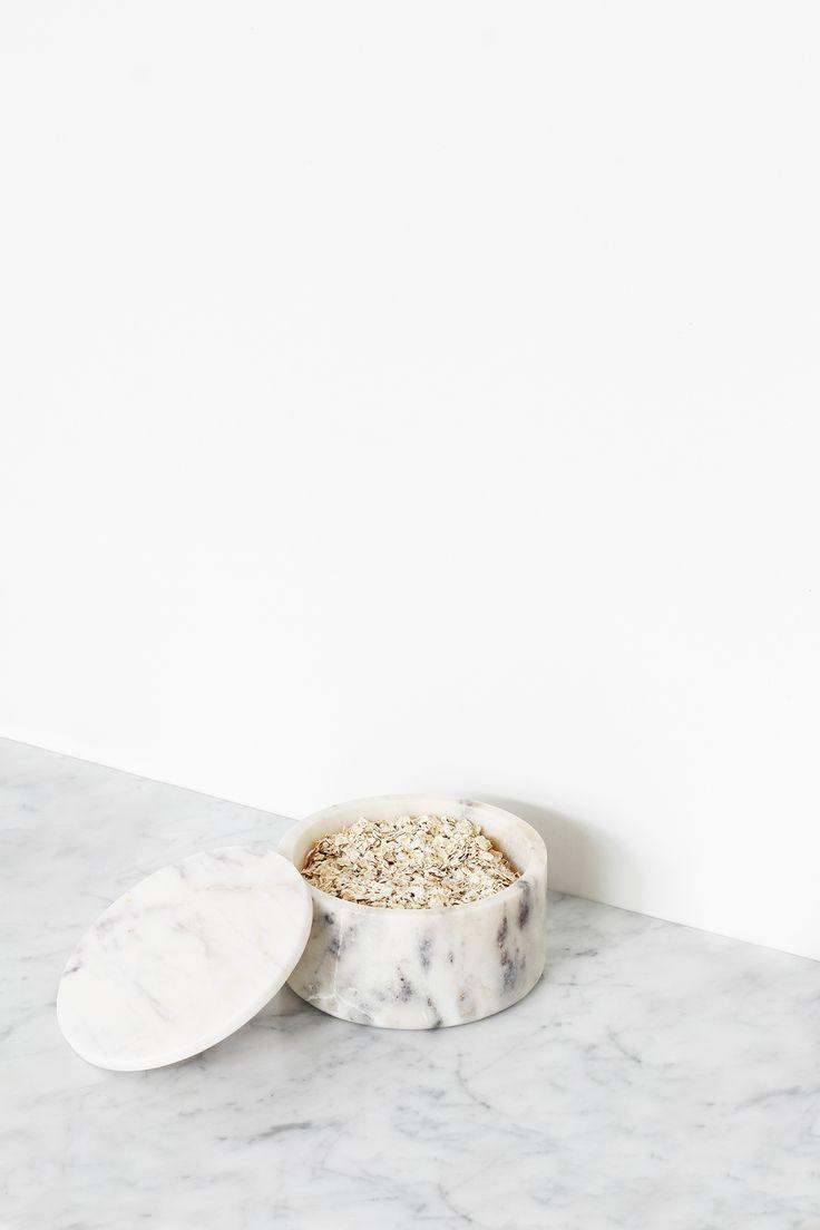 Marble kitchen accessories as art | MyDubio