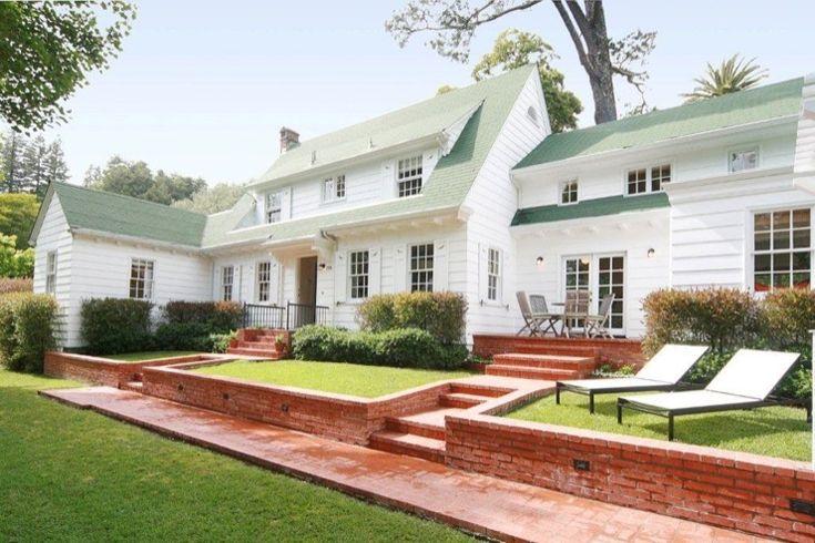 Urrutia Design Home Exteriors Cape Cod Farm House