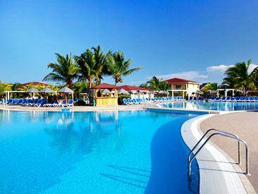 Memories Caribe Beach Resort is a family friendly beachfront hotel in Cayo Coco, Cuba!