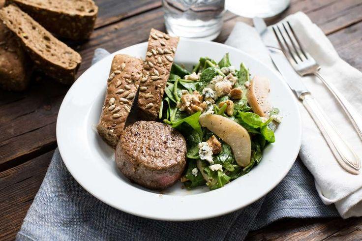 Peer-walnoot salade met een tartaartje
