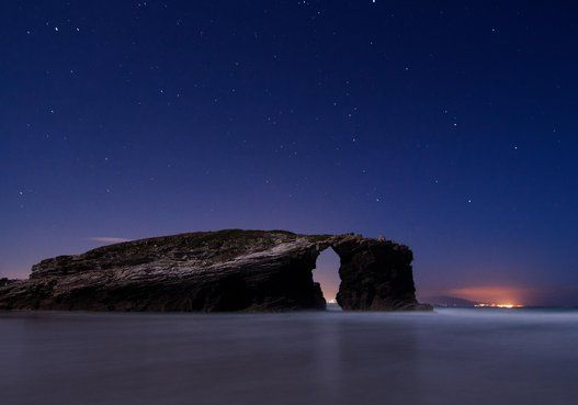 GALICIA. Los rincones más bonitos de España para ver las estrellas Playa Catedrales