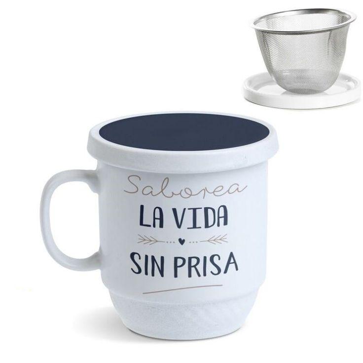 Tisana Saborea la vida sin prisa. Una tisana perfecta para prepararte tus tés más sabrosos. En Decocuit podrás disfrutar de un té con una taza de té con filtro apta para microondas y lavavajillas. Estamos en C/ San Pablo 22, Burgos, o en nuestra tienda on line www.decocuit.com.