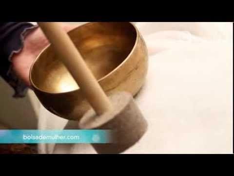 Massagem com taças tibetanas