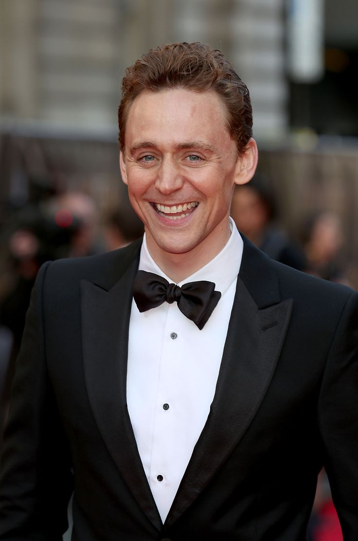Tom Hiddleston at The Sir Laurence Olivier Awards, London, April 13, 2014. DAT GRIN