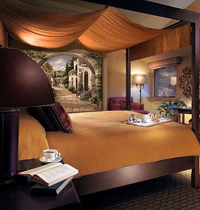 Wonderful Tuscan Bedroom. I Love Canopy Beds :) Didnu0027t Get One As A