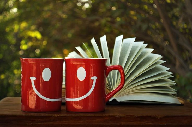Αύριο είναι μια νέα μέρα! Διαβάστε ένα όμορφο βιβλίο και χαμογελάστε! :-)