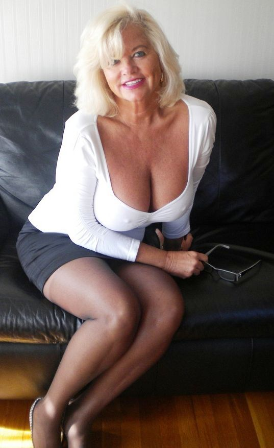 mature blonde macth