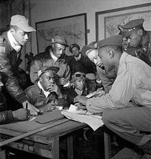 Tuskegee Airmen - Wikipedia