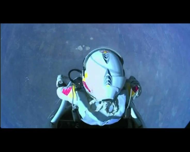 Momento del salto @redbullstratos #felibaumgartner