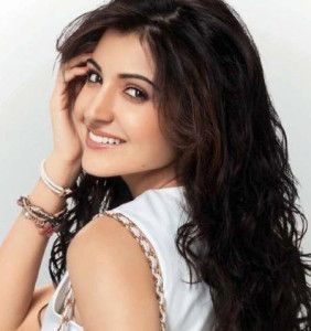 Anushka Sharma Biography, Anushka Sharma Wallpapers, Anushka Sharma Dresses, Anushka Sharma HD Wallpapers, Anushka Sharma Hairstyles, Anushka Sharma Early Life, Anushka Sharma Education, Anushka Sharma Birth Date, Anushka Sharma Birth Place, Anushka Sharma Height, Anushka Sharma Age, Anushka Sharma Career, Anushka Sharma Life History, Anushka Sharma Top Films, Anushka Sharma Boyfriend,