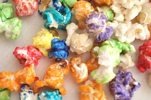 Oh I miss Aussie popcorn! Yummy fruit coatings.