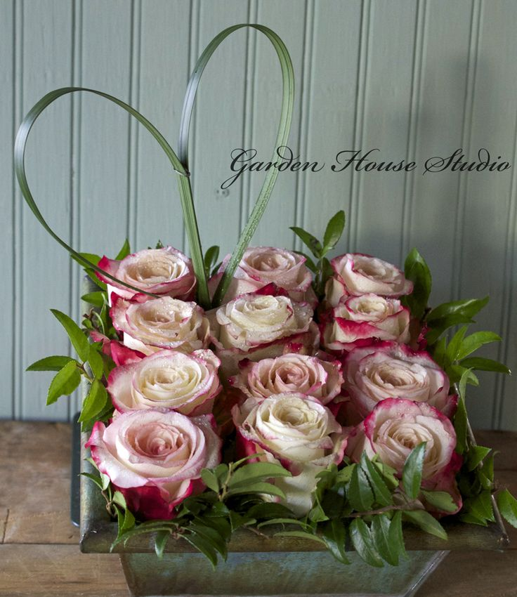 blushpink marble rose, bear grass heart detail table design, thinking outside the vase
