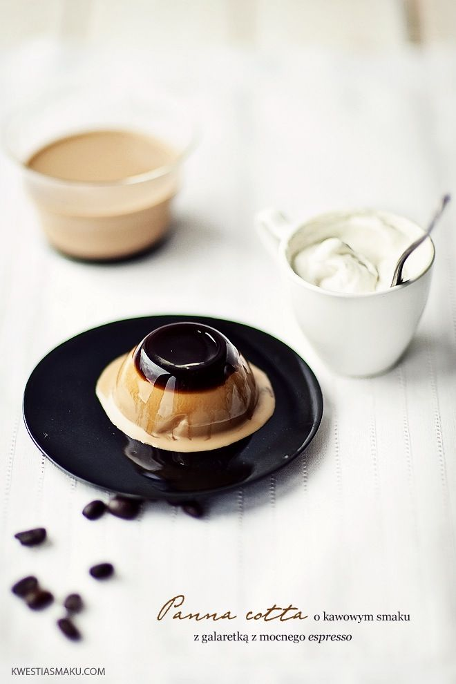 Can't decide which part of this espresso panna cotta I love the most: the photography or the dessert itself!