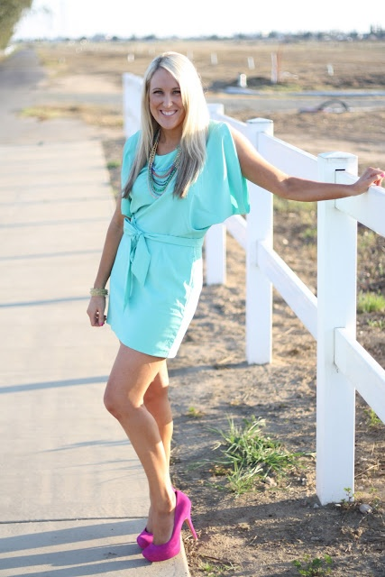 mint green and hot pink: Girl Stuff, Shoes Scarfs, Spring Summer Style, Mint Green, Kaylyn Stuff, Hot Pink, Clothing Likes, Dresses Dresses