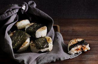 spicy smoked salmon onigiri / rice balls Recipe on Food52 recipe on Food52