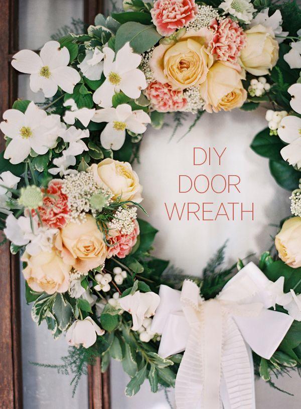 DIY wedding outdoor wreath ideas