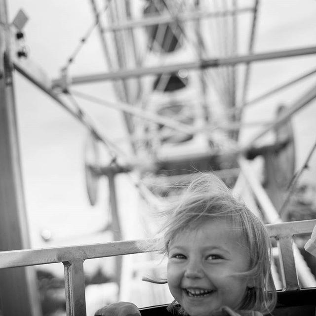 WEBSTA @ rubinsteinphoto - I had a good reason, to play hooky. #mnstatefair #thegreatminnesotagettogether #leicacamera #onlyinmn