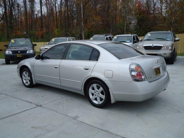 Used 2002 Nissan Altima 2.5 S for sale in Cincinnati, OH | Cincinnati Used Auto Sales LLC
