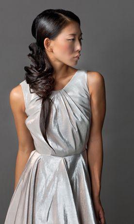 präsentiert von www.my-hair-and-me.de  #women #asian #girl #long #hair #lange #haare #locken #frisur #zopf
