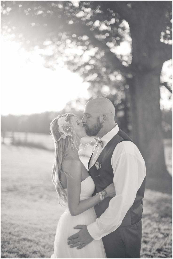 sunset kiss   wedding photography