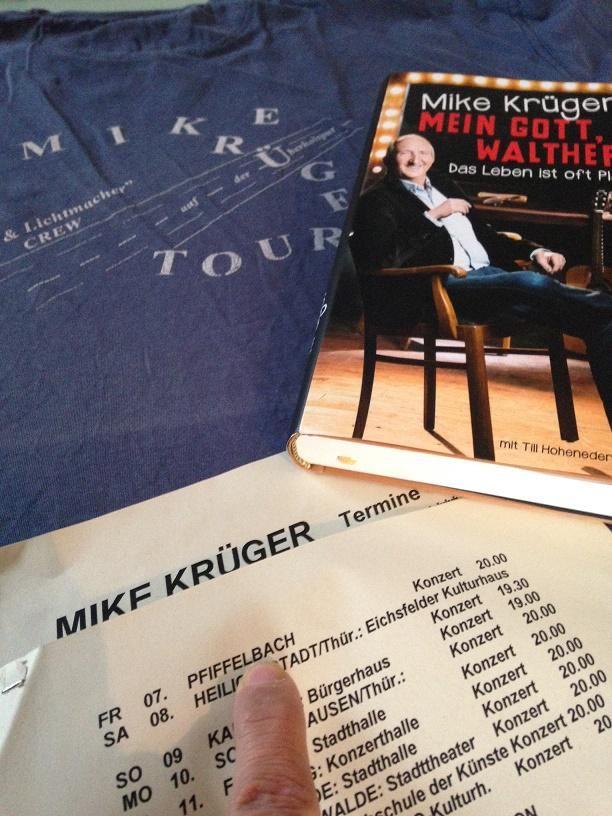 Warum mich die Biographie #MeinGottWalther von #MikeKrüger erfreut? https://www.facebook.com/photo.php?fbid=889291007821725&set=a.310354515715380.73840.100002225017260&type=3&theater…