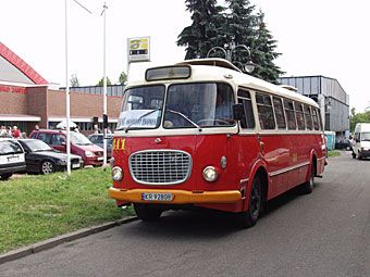 autobusy.jpg (340×255)