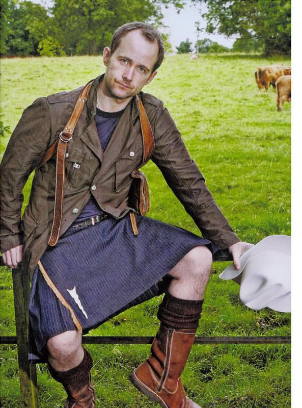 Billy Boyd, who wants to offer his unconditional support, love, and approval. | 19 Hot Scottish Guys In Kilts Who Want To Soothe Your Battered Soul