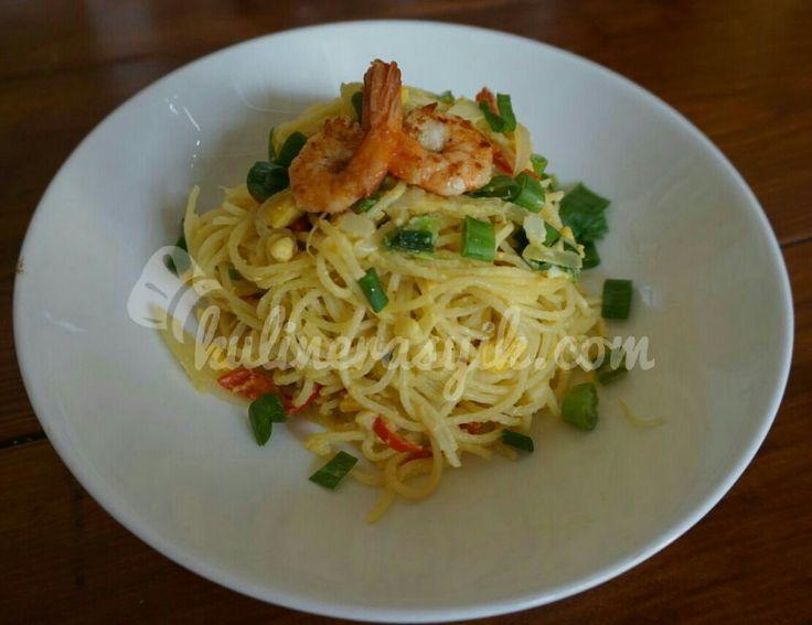Makanan Italia bumbu Indonesia. Seperti apa rasanya ya? Jangan cuma bayangin.. dicoba resepnya nih: spaghetti telur asin:)