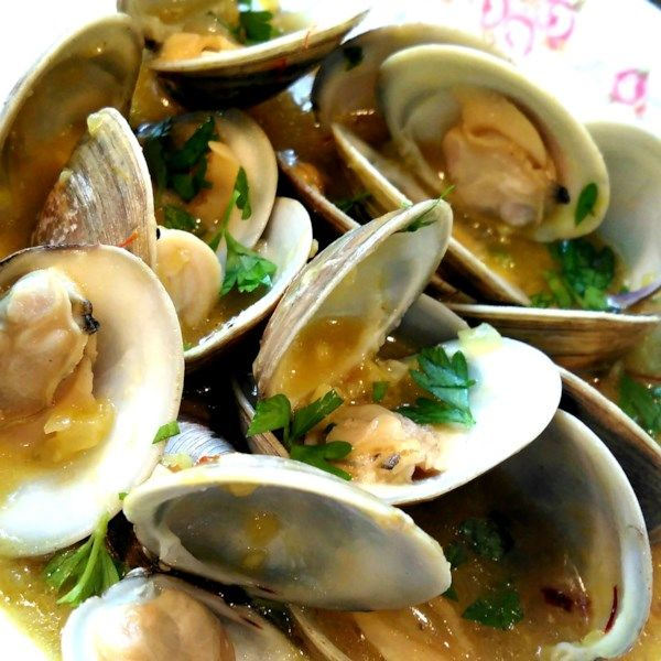 "Sailor Clams | ""Delicious and delicate flavour. This is my favourite type of recipe, simple and elegant."" #recipe #awardsshows #entertaining"