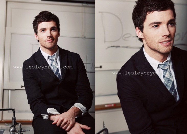 Ian Harding is the definition of eye candy. Lol.