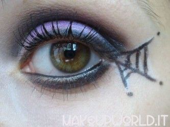 "Makeup Tutorial – ""Halloween party"" #makeup #trucco #makeuptutorial #tutorial #howto #beauty #eyeshadow #mascara #eyeliner #lipstick #foundation #blush #beautyreview #beautyblogger #halloween #carnevale"
