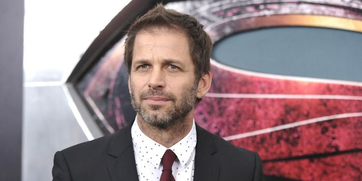 Zack Snyder calls local Detroit radio show to talk Batman v superman, Justice League, and Jason Momoa as Aquaman. He also thanks the city of Detroit!