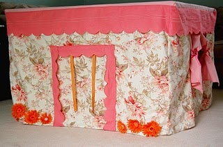 Homemade Forts for Kids - we will have to make this Katherine W!