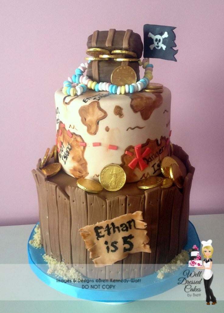 Pirate Treasure Map and Wooden Barrel Cake