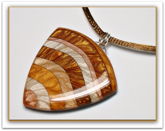 Mica Shift Caramel Striped Pendant    http://www.etsy.com/listing/89540527/mica-shift-caramel-striped-pendant