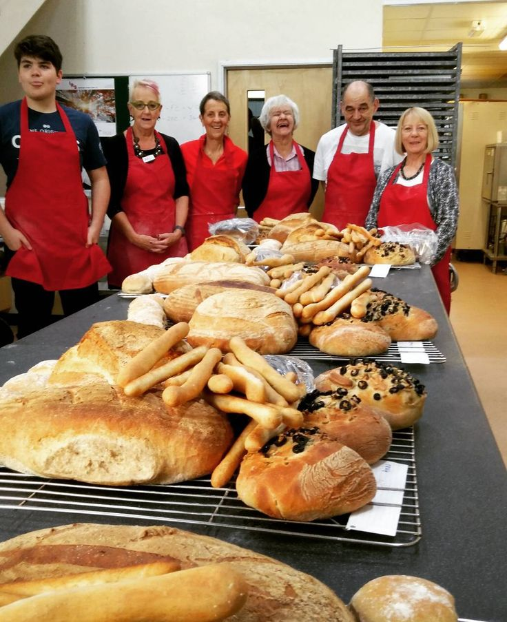 #realbread Beginners Class successful bread making. 2 places still available on our Sourdough Class on Saturday. #realbread #realfood #burscough #lancashire #foodandfarming #ormskirk #sourdough #merlinsbakerycafe #breadclass