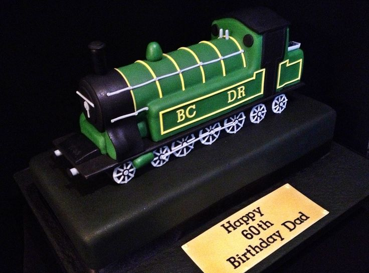 Steam Train Cake Images : 17 Best images about Locomotive cake on Pinterest Hiccup ...