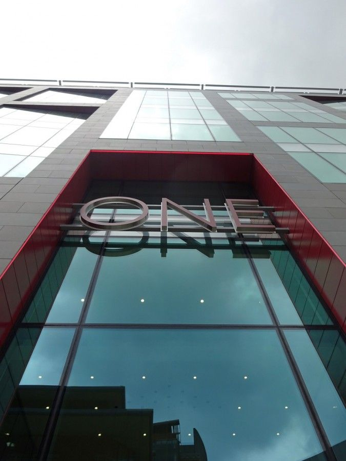 One New Bailey office building in Salford (Great Britain) / Budynek biurowy One New Bailey w Salford (Wielka Brytania).