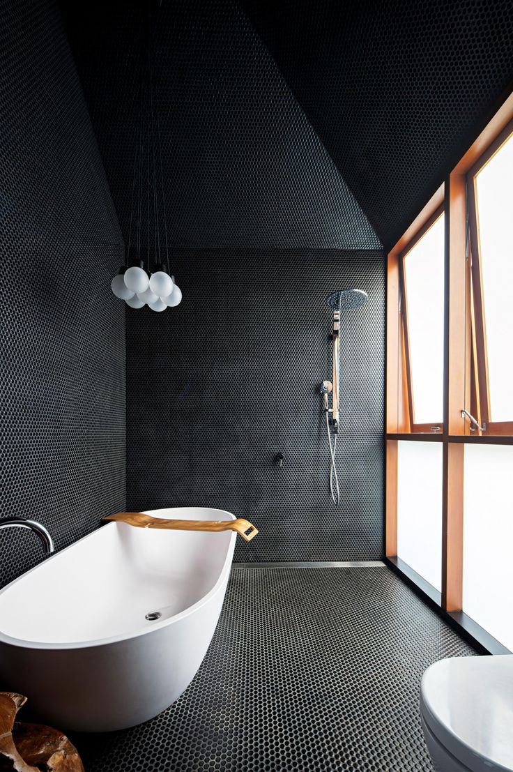 17 best bathroom ideas to take for your own. Photography by Brett Boardman.