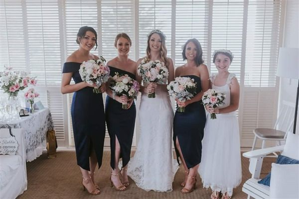 Sydney Wedding florist :: Bespoke wedding floral styling to ceremony and reception  #sydneyweddingflorist #sydneybridetobe