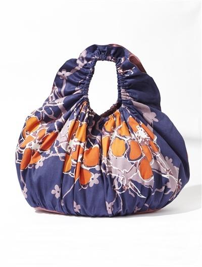 -50% pour ce grand sac imprimé fleur à emporter partout ! 13,95€